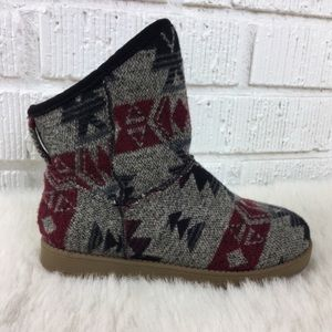3/$30 Indigo Rd. gray knit pull on ankle boot 7.5
